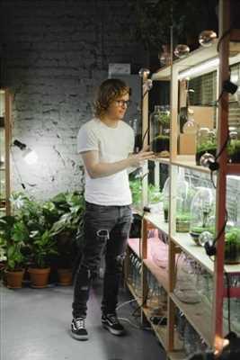 Photo Jardinier n°443 dans le département 68 par Jardinerie Alternative - AUXINE
